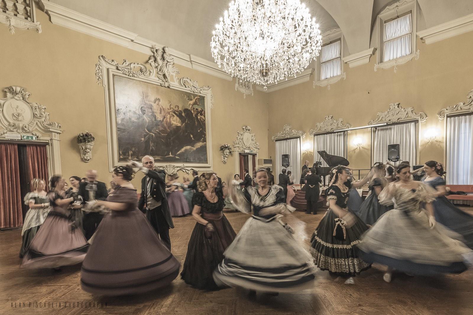 Ballo1800-1889