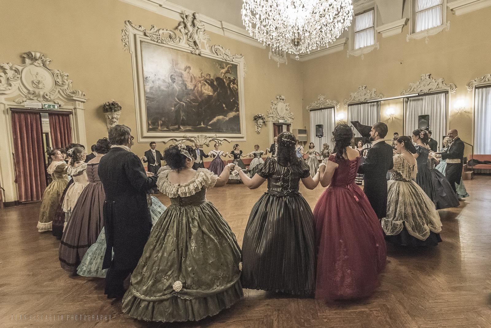 Ballo1800-1838